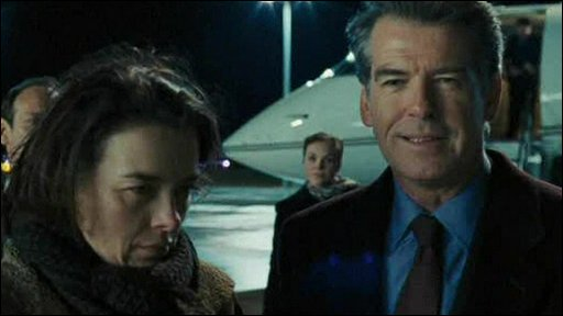 Olivia Williams and Pierce Brosnan in The Ghost