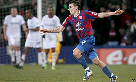 Darren Ambrose celebrates putting Crystal Palace 2-1 up against Aston Villa