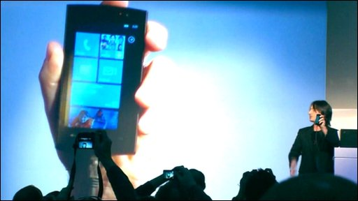 Joe Belfiore unveils Windows Mobile 7 in Barcelona