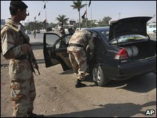 Pakistani police in Karachi
