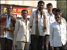 Indian farmers queuing for jobs