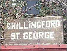 Shillingford St George sign