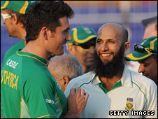 Graeme Smith (left) with his replacement Hashim Amla