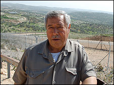 Mahmoud Samarra by Bilin fence