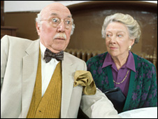 Lionel Jeffries with Madge Ryan in Casualty