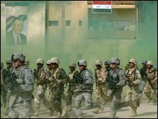 US troops training soldiers in Iraq