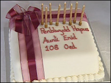Enid Williams's 108th birthday cake
