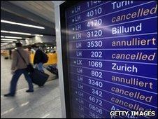 Frankfurt airport passengers