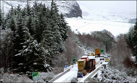 Traffic on the A9 at The Mound south of Golspie