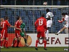 Joao Bruno Fernandes scores
