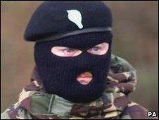 Masked IRA man in 2000