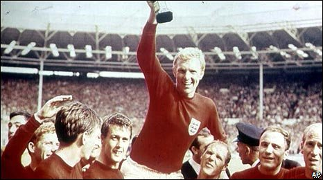Bobby Moore celebrating England's World Cup win in 1966