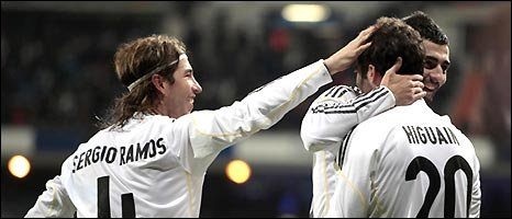 "Real Madrid""s Gonzalo Higuain (r) and Sergio Ramos celebrate a Real Mardrid goal"
