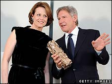 Harrison Ford with Sigourney Weaver