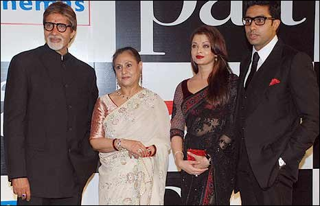Amitabh Bachchan (left), wife Jaya and their son Abhishek (right) with wife Aishwarya