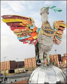 Councillor Berni Turner with the Liverbird sculpture made from recycled materials (Pic: Liverpool City Council)
