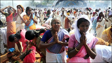 Women in Kerala pay homage - 28 February 2010