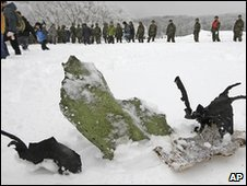 Wreckage of a fighter jet on a mountain in Pyeongchang, South Korea (2 March 2010)