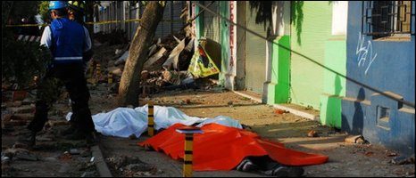 Bodies lie in the street in Talca, Chile (Picture: Luis Felipe Ramirez Rojas)