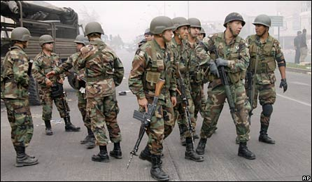 Chilean soldiers on the streets of Concepcion