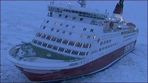 Vessel stranded in Baltic Sea