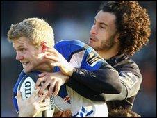 Bath's Michael Stephenson is tackled by Tane Tu'ipulotu