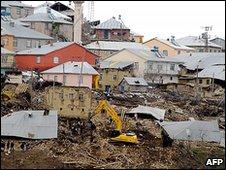 Turkish rescue teams in Okcular village, March 8 2010