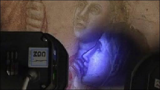 UV light revealing detail of Giotto's frescoes at Santa Croce