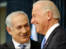 Benjamin Netanyahu (left) and Joe Biden shake hands in Jerusalem (9 March 2010)