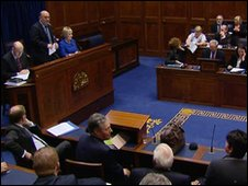 NI Speaker Willie Hay announcing the result of the vote
