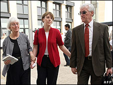 Parents and sister of Rachel Corrie outside court