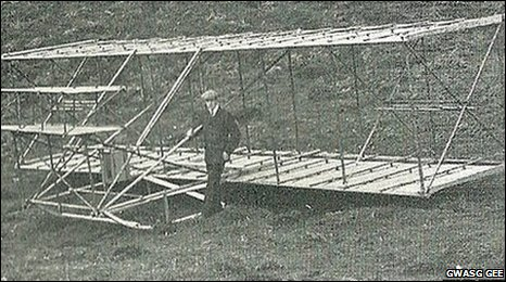 This glider was built by Hewitt and flown from his home in Bodfari, near Denbigh