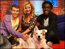 Mabel the dog with presenters Andy Akinwolere, Helen Skelton and Joel Defries