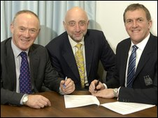 Council leader Sir Richard Leese, New East Manchester chiarman Simon Bate and City chief executive, Garry Cook
