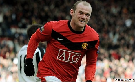 Wayne Rooney scored twice at Old Trafford as his brilliant form continued