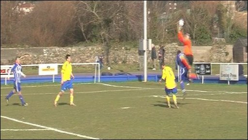 Football: Bels v Rovers