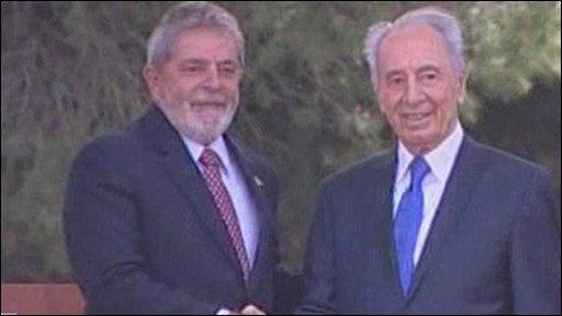 Brazil's President Luiz Inacio Lula da Silva and Israeli President Shimon Peres