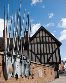 Public sculpture in Worcester
