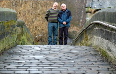 Jason and Robin on Hebden Bridge