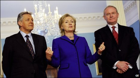 US Secretary of State Hillary Clinton met the Northern Ireland First Minister Peter Robinson and Deputy First Minister Martin McGuinness