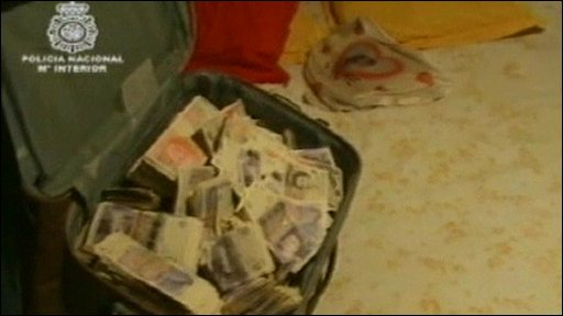 Suitcase filled with British notes found in Spain