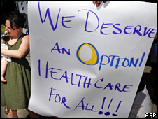 Supporters of healthcare reform hold a rally in Los Angeles (17 March 2010)