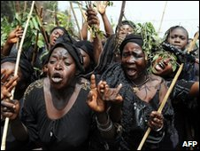 Women from Jos mourning