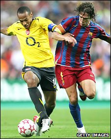 Thierry Henry playing for Arsenal