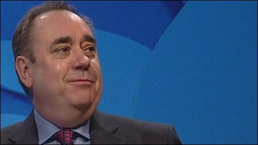 "SNP leader Alex Salmond: ""Scotland can put the brakes on Labour and Tory Cuts"""