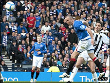 Kenny Miller scores for Rangers against St Mirren