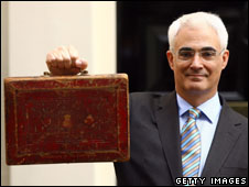 Alistair Darling Wuth Budget box