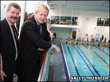 Councillor Ray Puddifoot and Mayor Boris Johnson at the pool's opening