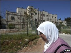A Palestinian woman in East Jerusalem's Sheikh Jarrah quarter on 24 March 2010