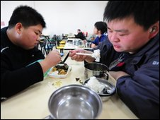 Patients at a weight reduction clinic in Tianjin, northern China (file picture)